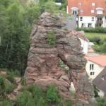 Dahner Felsenpfad mit Schillerfelsen