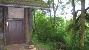 Holzbude auf dem Oppig-Grät-Weg