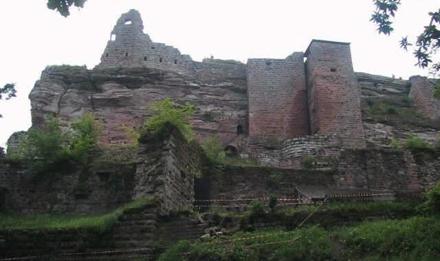 Burgruine Fleckenstein in den Vogesen