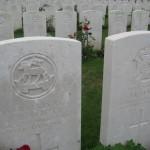Fernwanderungen in Frankreich; Soldatenfriedhof in Crouy