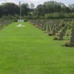 Fernwanderungen in Frankreich; Bourdon, Soldatenfriedhof für Christen und Muslime