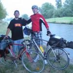 2 Fernradler am Saarkohlekanal