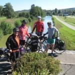 """4 Radler am """"Canal du Rhone au Rhein"""""""