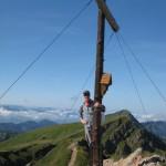 hochgrat oder rindalphorn auf der Nagelfluhkette mit Gipfelkreuz