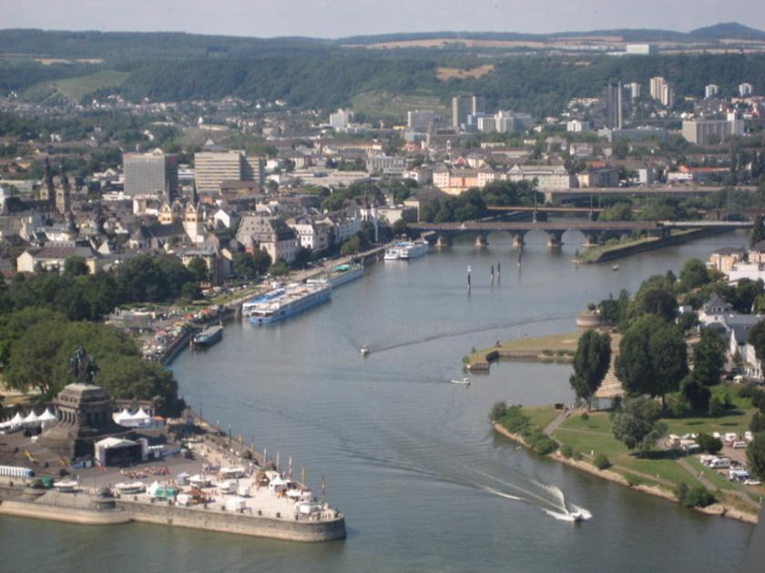 """Auch während meiner Soldatenzeit sah ich oft das """"Deutsche Eck"""" in Koblenz"""