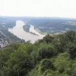 vom Drachenfels auf den Rhein schauen