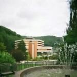 neues Kurhaus von Schlangenbad am Rheinsteig