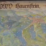 Hauenstein mit schöner Wandertafel vom PWV