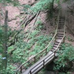 die Elendsklamm mit Treppe und Brücke