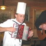 Karl-Heinz, der Hüttenkochmusiker der Fritz-Claus-Hütte