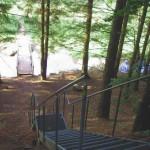 Eisentreppe im Tal des Schwarzbach beim Clausensee
