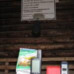 """""""Pfälzer Hütte"""", Schutzhütte bei Reisdorf mit Verbotsschild"""