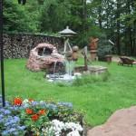 Garten von Lambertskreuz mit Brunnen
