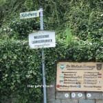 Neustadt-Haardt mit Wege-Markierungen