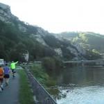 hinter Besancon ist ein Radwanderführer am Doubs