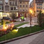 nachts Einfahrt in Mulhouse mit schönem Lichterpark