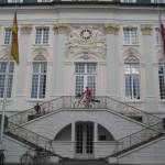 in Bonn beim Rathaus beginnt der Rheinsteig